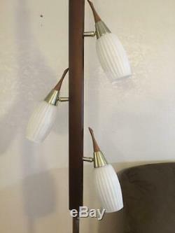 Danish Modern Mid Century Vintage Eames Majestic Tension Pole Lamp Light