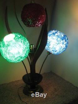 Mid-century Modern Lamp Spaghetti Ribbon Lucite Walnut & Metal Light 3 Color
