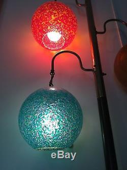Old Vtg MID Century Fiberglass Blow Mold Colored Globe Electric Light Pole Lamp