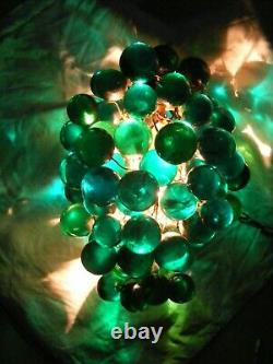 Vintage MID Century Modern Acrylic Lucite Bunch Of Grapes Light Chandelier Lamp