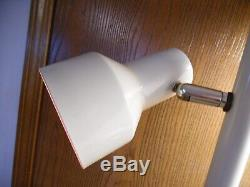 Vtg Off White Mid Century Modern Tension Pole Lamp 3 Way Lights Floor To Ceiling